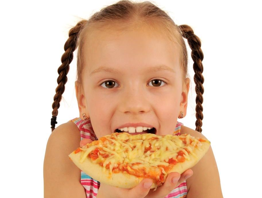 girl-pizza1